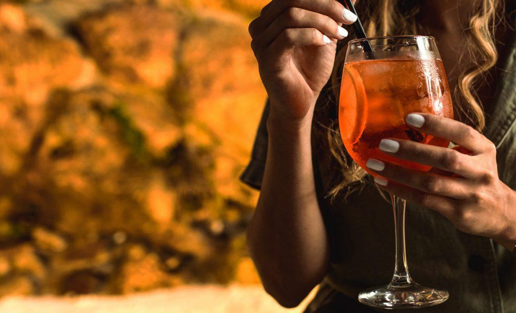 Cocktail Δηβέλια